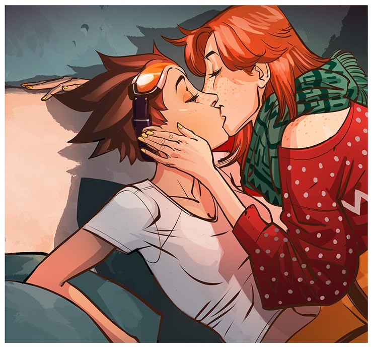Tracer with her partner