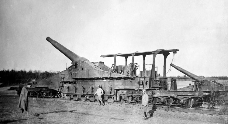 Railway gun, an early war weapon