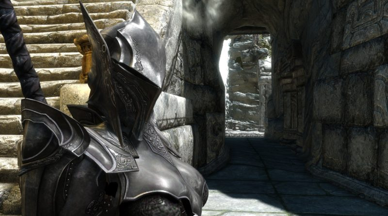 Ebony helmet, the 9th best heavy armor helmet in Skyrim